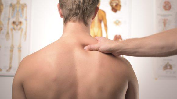 Wie Sie akute und chronische Rückenschmerzen loswerden können, ohne einen operativen Eingriff!